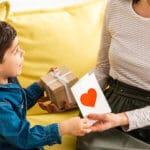 איך נשים משלבות היום בין עבודה למשפחה וילדים?